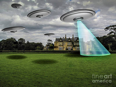 Digital Art - Ufo Alien Invasion And Abduction by Giadoart Gianni D'Orio