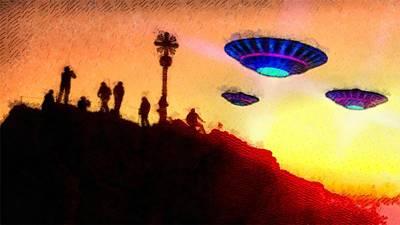 Ufo Watchers By Raphael Terra Art Print