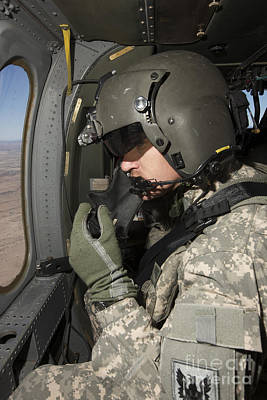 Uh-60 Black Hawk Crew Chief Looking Art Print