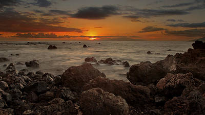 Photograph - Ulua Beach Sunset by Susan Rissi Tregoning