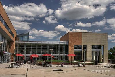 University Of Maryland Photograph - Umbc Studen Union by Lois Bryan