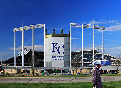 Umbrella Man At Kauffman Stadium Art Print