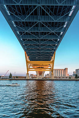 Photograph - Under The Hoan by Randy Scherkenbach