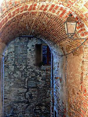 Photograph - Underneath The Arch Panicale by Dorothy Berry-Lound