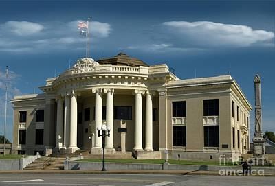 Photograph - Union Courthouse South Carolina by Bob Pardue