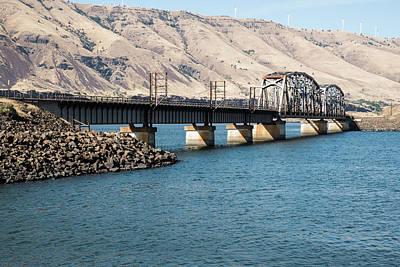 Photograph - Union Pacific Bridge Over John Day River by Tom Cochran