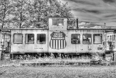 Photograph - Union Pacific Caboose 2 by Richard J Cassato
