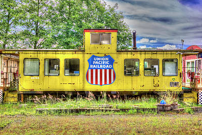 Photograph - Union Pacific Caboose by Richard J Cassato