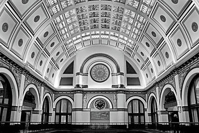 Union Station Lobby Photograph - Union Station Lobby Bw by Kristin Elmquist
