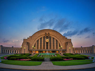 Photograph - Union Terminal At Dawn by Rob Amend