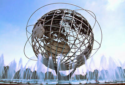 Photograph - Unisphere With Fountains by Bob Slitzan