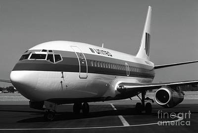 Photograph - United 737 In Black And White by James B Toy