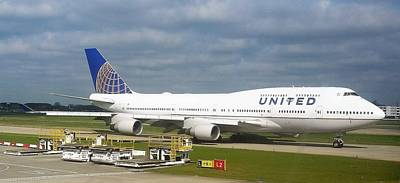 United Airlines Boeing 747-400 Art Print