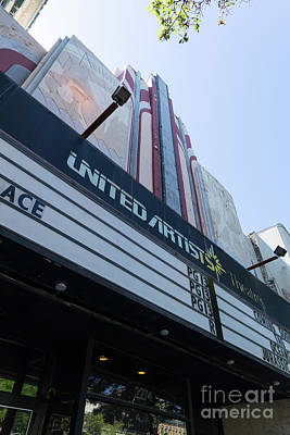 Photograph - United Artists Berkeley 7 Movie Theater At University Of California Berkeley Dsc6316 by Wingsdomain Art and Photography