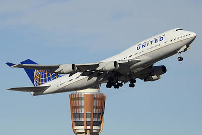 United Boeing 747-422 N128ua Phoenix Sky Harbor January 2 2015 Art Print by Brian Lockett