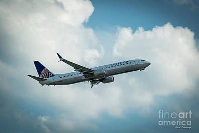 Star Alliance Photograph - United Jet N61887 Departure Hartsfield-jackson Atlanta International Airport Art by Reid Callaway