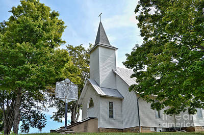 Photograph - United Methodist Church At Forest Hill by Kerri Farley