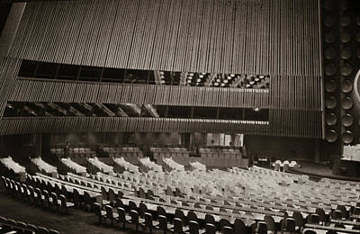 Photograph - United Nations 1950 by Marilyn Hunt