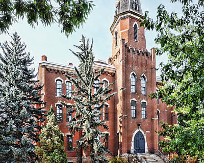 Cu Boulder Art Photograph - University Of Colorado Old Main In Summer - Photography by Ann Powell