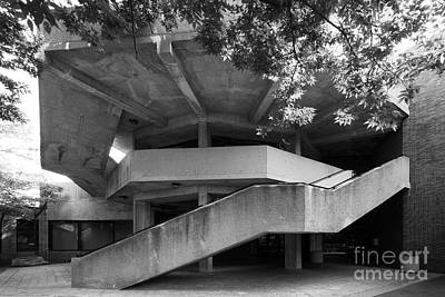 Uic Photograph - University Of Illinois Chicago Behavioral Science Building  by University Icons