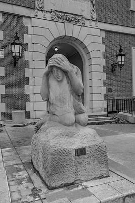 Photograph - University Of Illinois Statue 1 by John McGraw