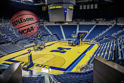 University Of Michigan Digital Art - University Of Michigan Basketball by Nicholas Grunas