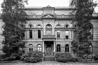 Special Occasion Photograph - University Of Oregon Villard Hall by University Icons