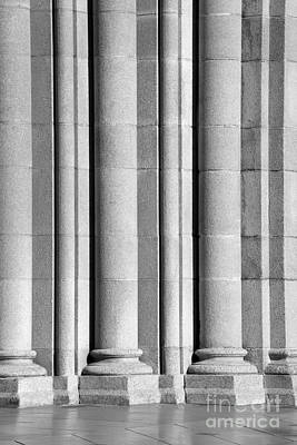 Aau Photograph - University Of Southern California Columns by University Icons