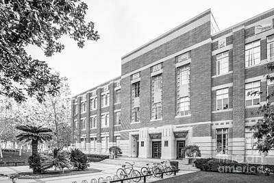Photograph - University Of Southern California Hancock Hall by University Icons