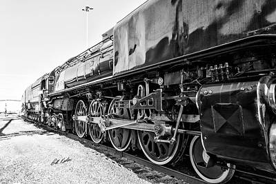 Photograph - Up 844 - Meet The Drivers - Black-and-white by Bill Kesler