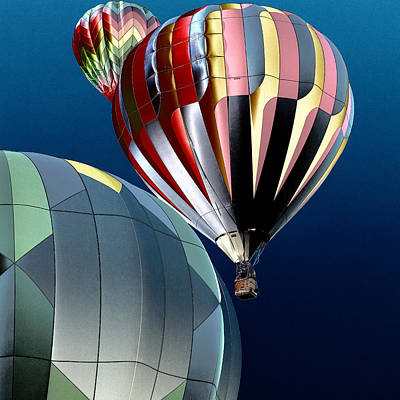 Hot Air Balloons Photograph - Up Up And Away by David Patterson