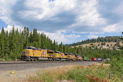 Up2650 Westbound From Donner Pass Art Print