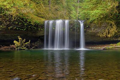 Upper Butte Creek Falls In Fall Season Art Print by David Gn