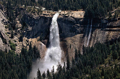 Photograph - Upper Nevada Falls by Michael Gordon