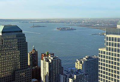 Photograph - Upper New York Bay by Harvey Barrison