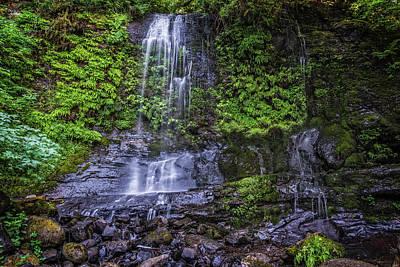 Photograph - Upper Terrace Falls by Joe Hudspeth