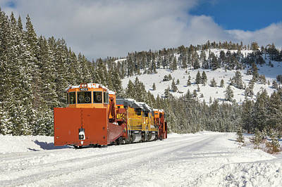 Photograph - Uprr Jordan Spreaders Spmw 4031 And Spmw 4033 At Soda Springs by Jim Thompson
