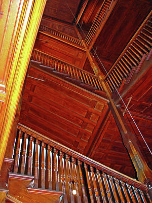 Photograph - Upward Vertigo by Lynda Lehmann