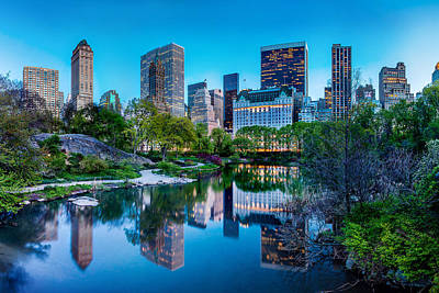 Skyline Photograph - Urban Oasis by Az Jackson