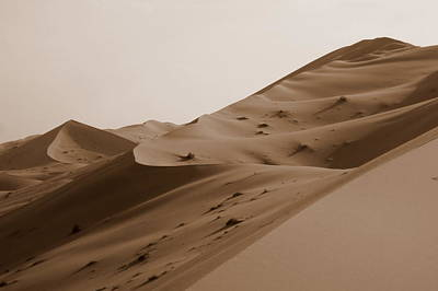 Photograph - Uruq Bani Ma'arid 2 by David Olson