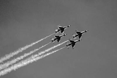 Photograph - U.s. Air Force Thunderbirds - Black And White by Susan  McMenamin