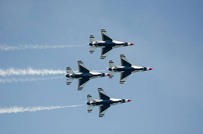 Photograph - U.s. Air Force Thunderbirds by Susan McMenamin