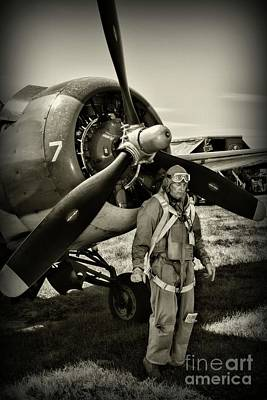 Photograph - Us Army Air Force Pilot by Paul Ward