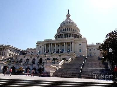 Achieving - US Capitol Building by Doug Swanson