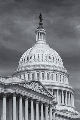 Capitol Building Photograph - Us Capitol Building Iv by Clarence Holmes