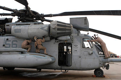 U.s. Marines Perform Preflight Checks Art Print