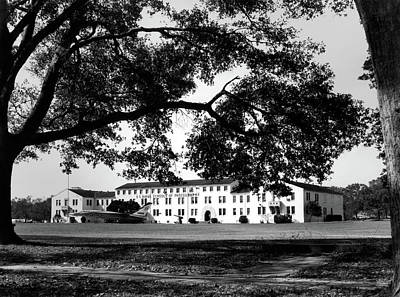 Photograph - Us Naval Schools Of Photography Building 1500 by Greg Mimbs