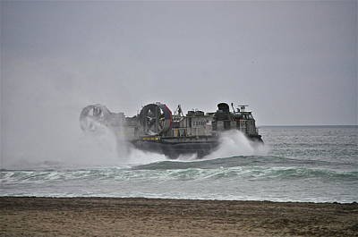 Us Navy Hovercraft Art Print