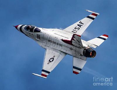 Photograph - Usaf Thunderbird F-16 by Nick Zelinsky