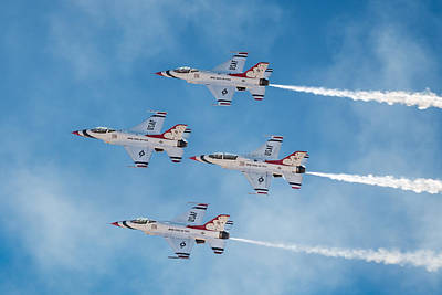 Photograph - Usaf Thunderbirds by James Capo
